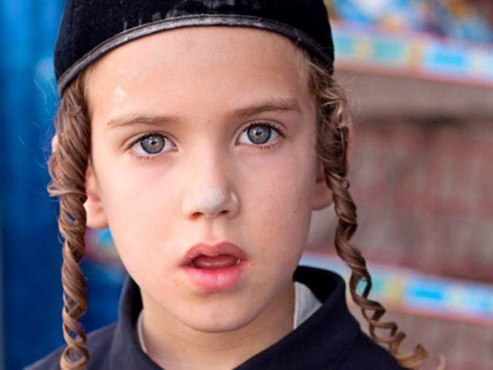 Когда еврейский мальчик пришел поступать в школу...