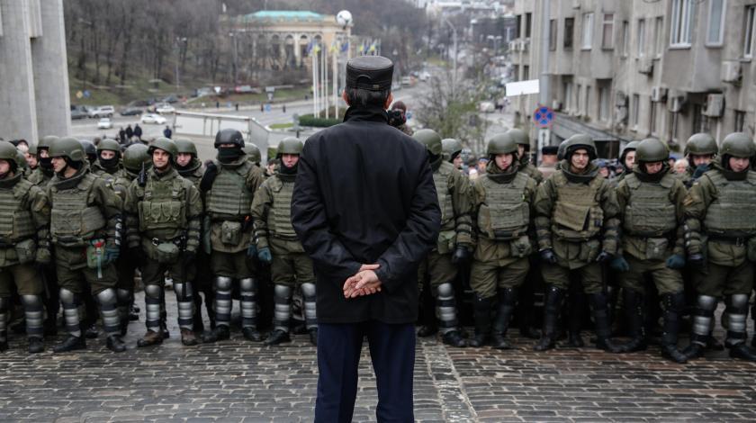 Чистка рядов по-украински: родня в России стала поводом для увольнения
