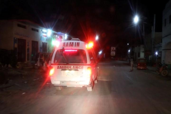 Жертвами двух взрывов в столице Сомали стали 18 человек, еще 20 ранены