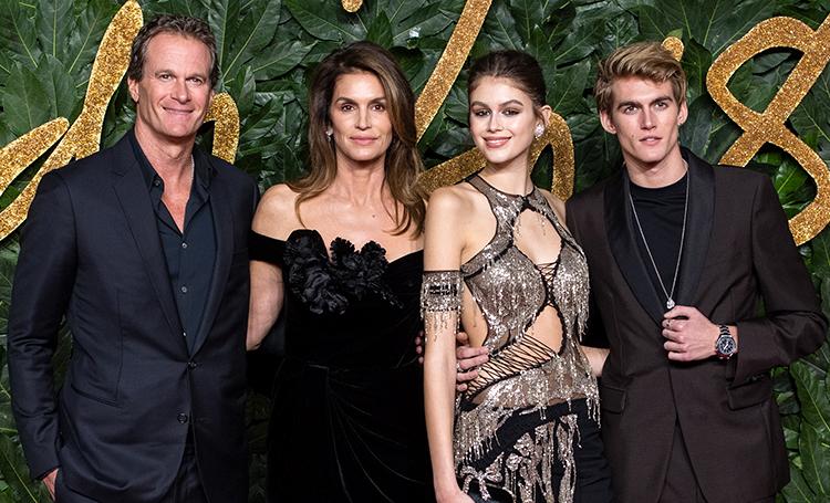 British Fashion Awards 2018: Синди Кроуфорд и Виктория Бекхэм с семьями, Меган Маркл и другие гости церемонии