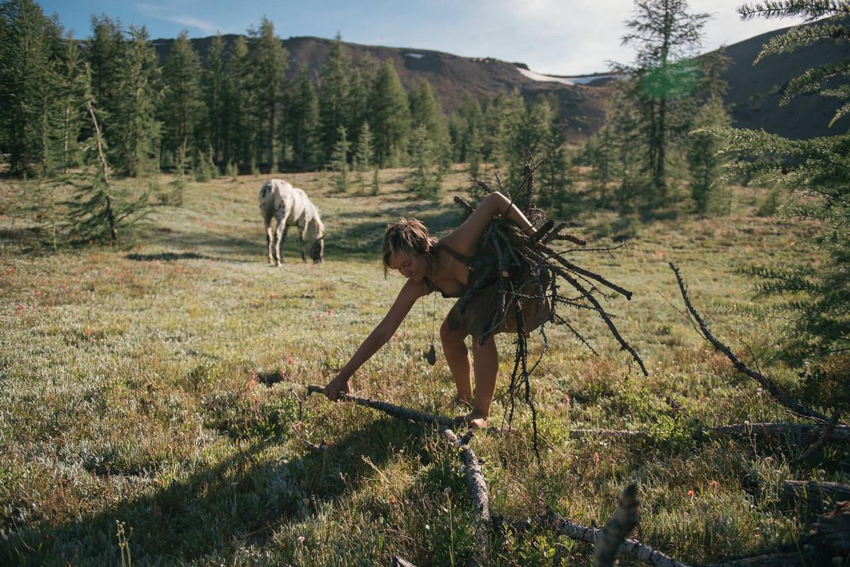 Назад в палеолит: охотники-собиратели 21-го века в фотопроекте «Живущие дикими» 6
