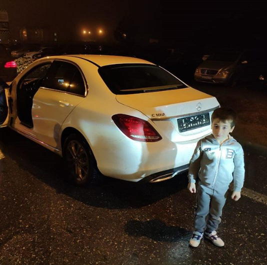 Рамзан Кадыров подарил 5-летнему мальчику «Мерседес»