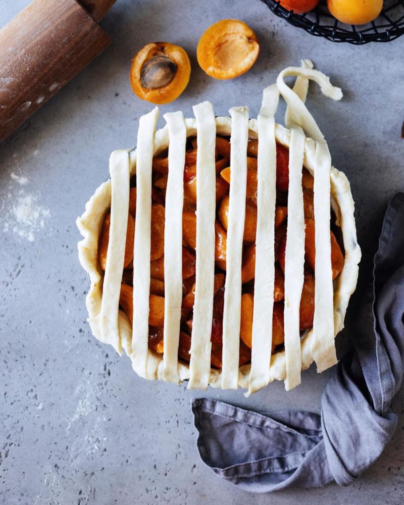 Плетеный пирог с абрикосами абрикосовый пирог,сладкая выпечка