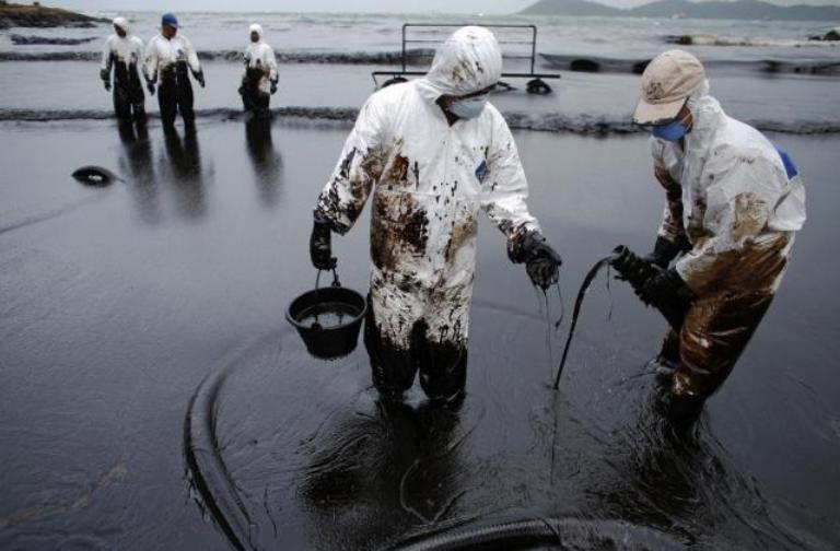 Знаки: наУкраине лопнул нефтепровод «Дружба» (ВИДЕО)