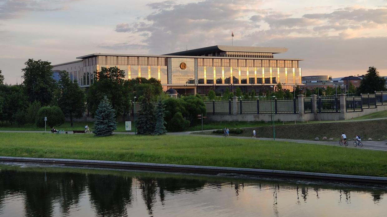 Латвийского посла выдворили из Белоруссии за оскорбление государственного флага страны Политика