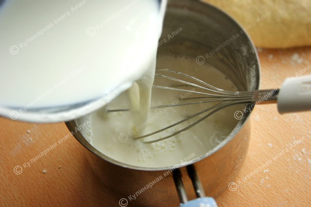 """Торт """"Наполеон"""" с очень вкусным кремом. Лучший рецепт из всех мною испробованных!"""