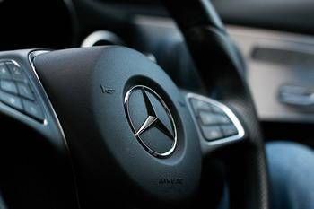 Компания Mercedes отзывает в России 6,6 тысяч  автомобилей