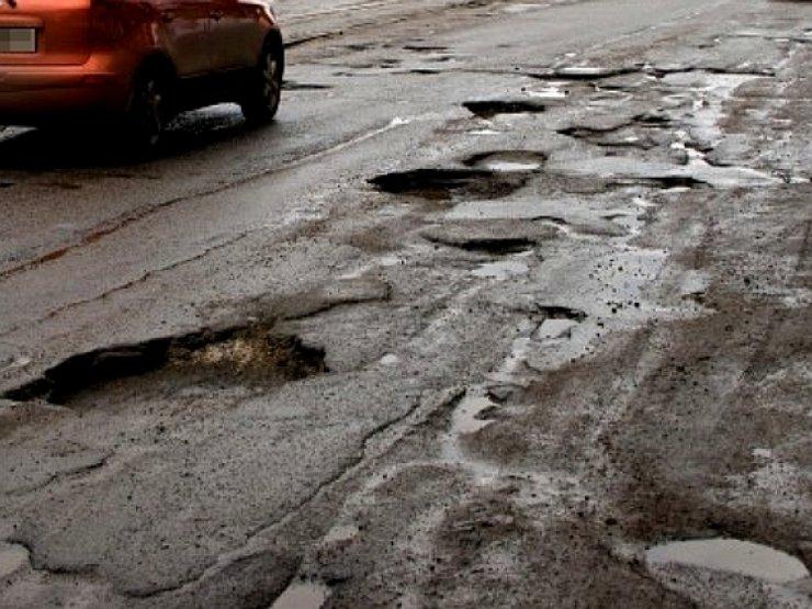 Сколько каждый день происходит аварий из-за плохих дорог