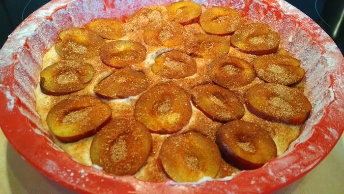 Легендарный сливовый пирог пирог, пирога, рецепт, легендарный, сливочное, каждый, Times, маслом, корицы, разрыхлитель, масло, просеивать, сахар, можете, духовку, постоять, чтобы, размягчилось, комнатной, кусочки