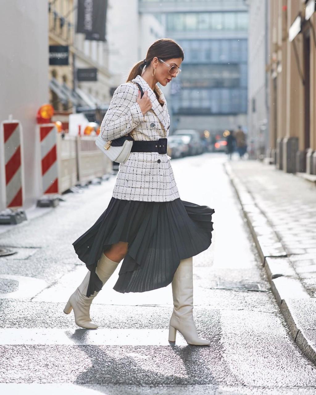 О)дно из самых модных сочетаний весны 2019 -  юбка-миди с жакетом мода