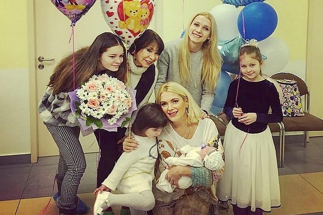 Мария Порошина привела себя в форму за 90 дней после рождения 5-го ребенка актриса,красота,Мария Порошина,наши звезды,развлечение,шоубиz,шоубиз