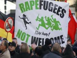 Каждый второй европеец настаивает на закрытии границ для беженцев
