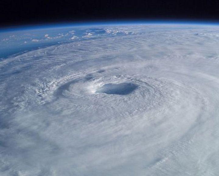 5. Погодные катаклизмы люди, потепление, природа