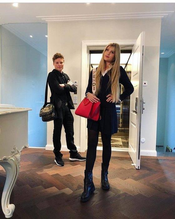 Мария Шукшина, Алла Пугачева и еще 10 звезд, у которых есть дети-близнецы