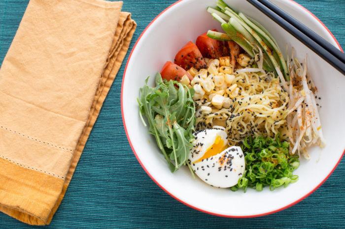 Лапша рамен с овощами.  Фото: xcook.info.