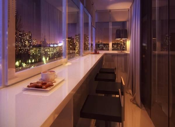 Узкая барная стойка на балконе из подоконника - фото