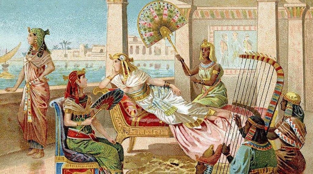 Как на самом деле умерла легендарная царица Египта?