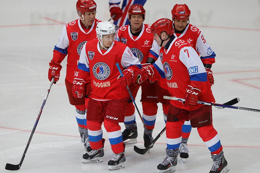 Миллиардеры против Путина: как прошел гала-матч Ночной хоккейной лиги