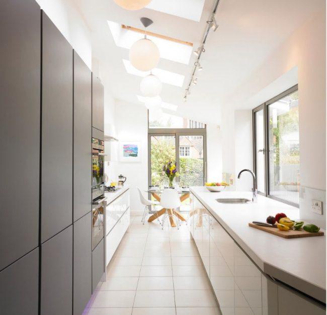 Перенос кухни в коридор в современной квартире