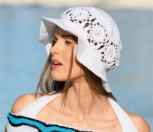 Шляпа с цветочным бордюром