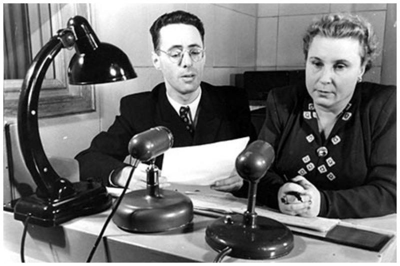 """Еще одна ведущая """"Гимнастики"""" - Ольга Сергеевна Высоцкая. 60 лет диктором, работа с самим Левитаном сделала из этой женщины одну из самых известных радиоведущих в стране. зарядка, здоровые, интересное, радио, факты"""