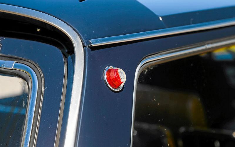 «Сарай» дляизбранных: история ГАЗ-24-02 автомобили,водители,дороги,пешеходы