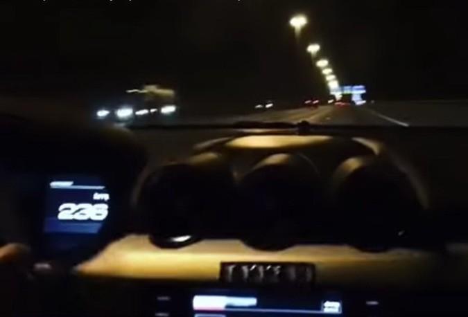 Мажор в Москве разогнался до 238 км/ч (видео)