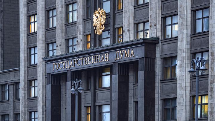 Получил COVID-паспорт и в строй. Жизнь по лагерным правилам для каждого в России