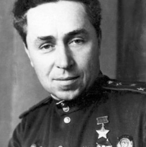 20 июля родился советский по…