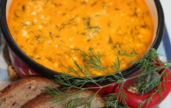 Суп из стручковой фасоли со сметаной