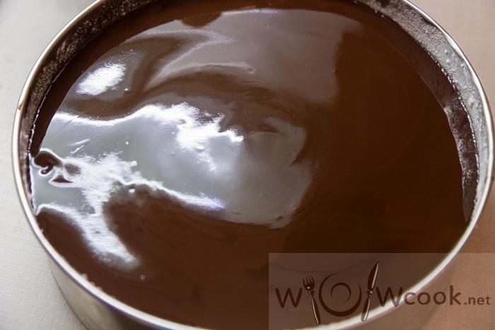 заливаем шоколадом