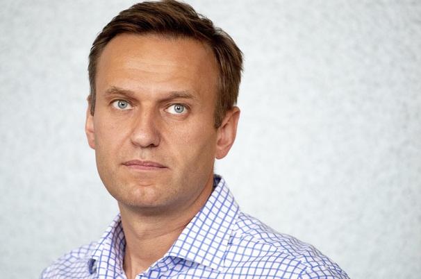 Навальный улетел из России после обысков в штабах ФБК Навальный,общество,политика,россияне