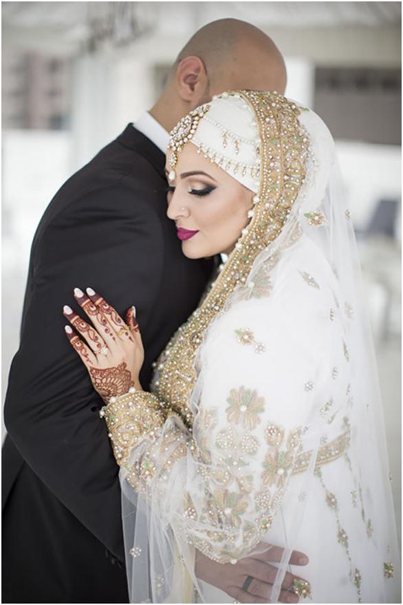 Невероятная красота: 12 фотографий мусульманских невест в свадебных хиджабах