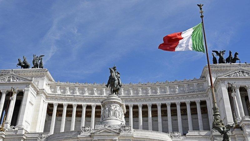 Спам за демократию: 70 лет назад США забросали всю Италию 10 миллионами писем