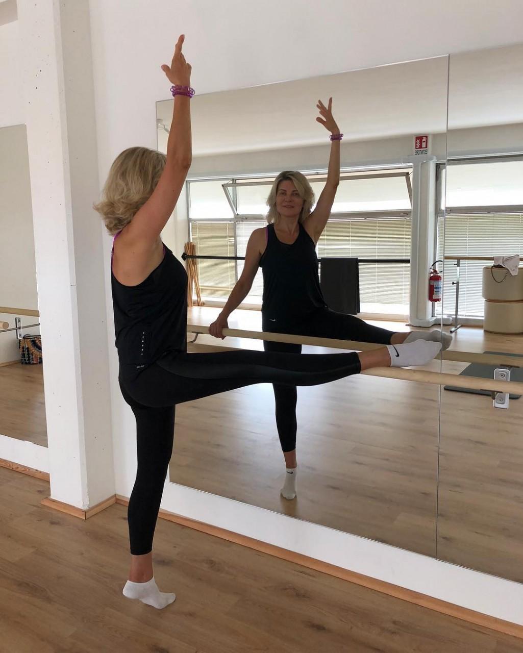 «Волочкова нервно курит»: супруга Александра Малинина затмила красотой и изяществом известную балерину александр малинин