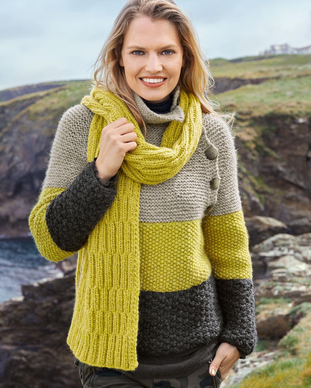 Трехцветный свитер и двухсторонний шарф