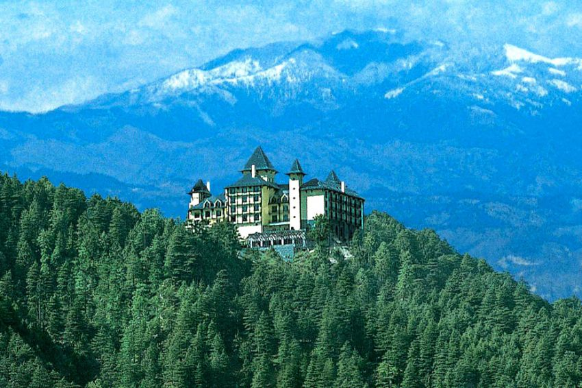 10 потрясающих отелей в горах