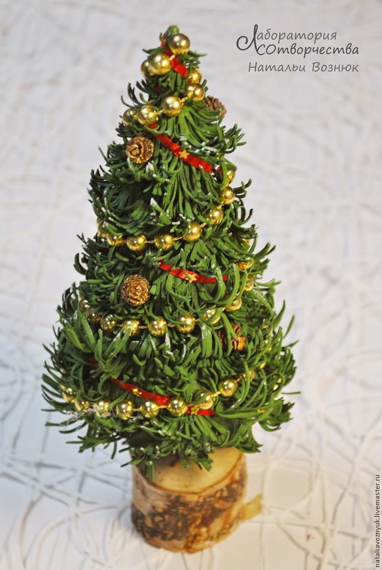 Новогодняя елочка из фоамира…