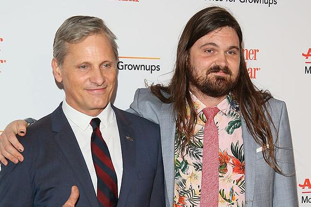 В сети обсуждают сына Вигго Мортенсена Генри на церемонии Movies For Grownups Awards