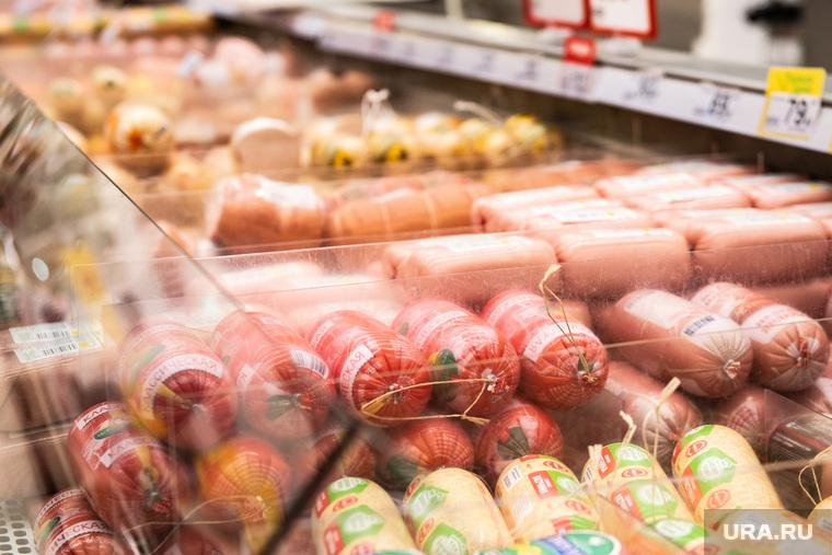 Соцсети ужаснулись росту цен на колбасу. «Куда еще дороже?»