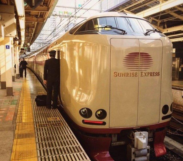Японский «ночной поезд»