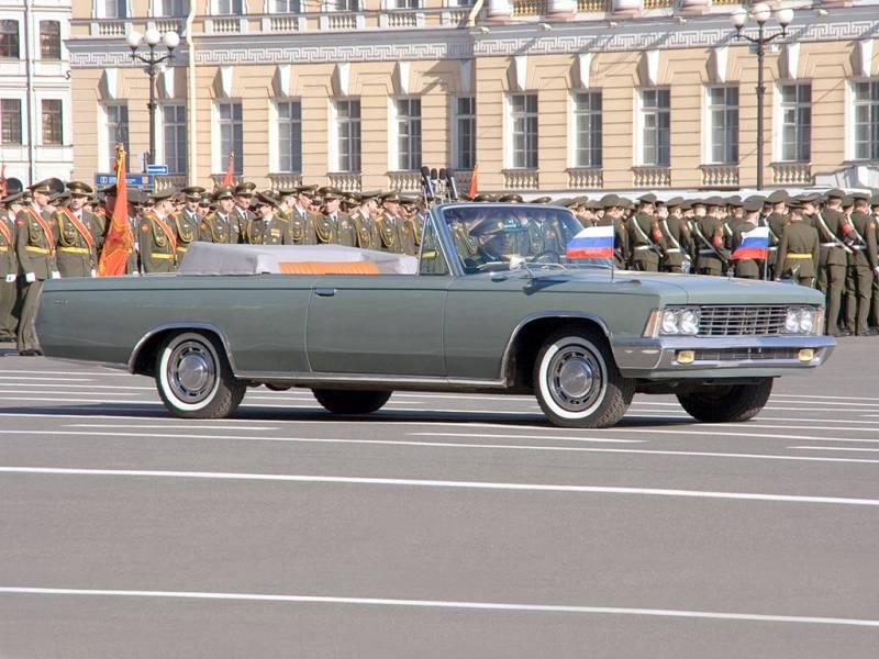 Хроники парадных кабриолетов. «Американцы» на Красной площади - 2 часть