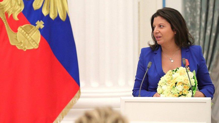 Симоньян ответила крепким словцом на выпад Запада против RT.