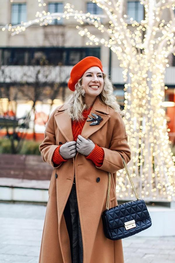 окна картинки пальто с шапкой также можете скачать