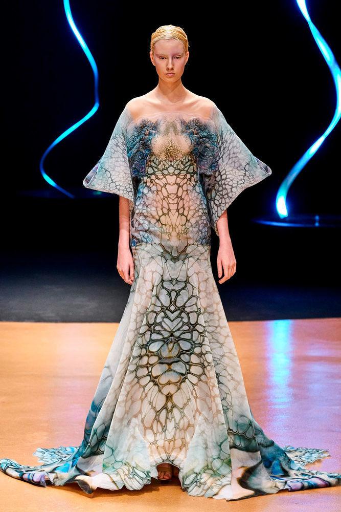 Сенсорные моря — новая коллекция от Iris van Herpen 2020 iris van herpen,дизайнеры,коллекции,мода,мода и красота