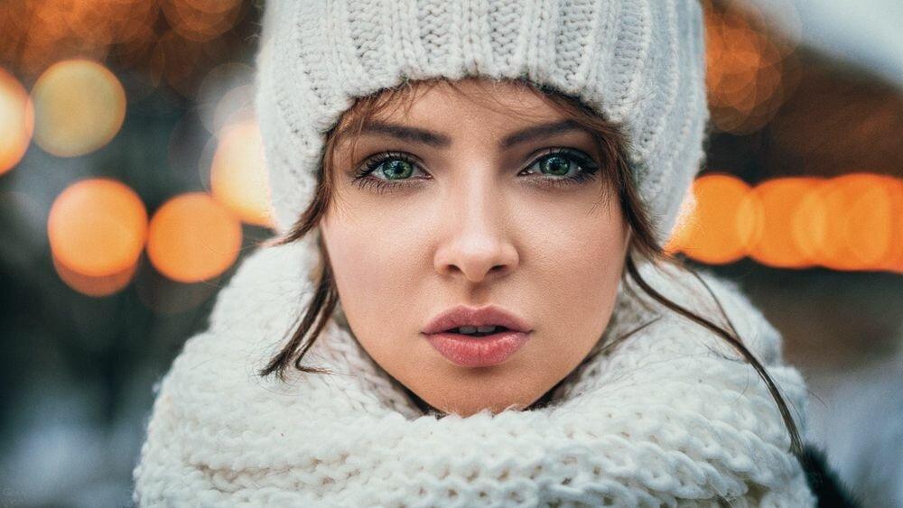 Антритренд 2019 - вязаный комплект, состоящий из шапки и шарфа