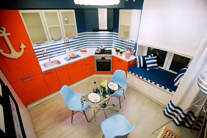 Так оригинально выглядит обновленная кухня после кардинальных преобразований.