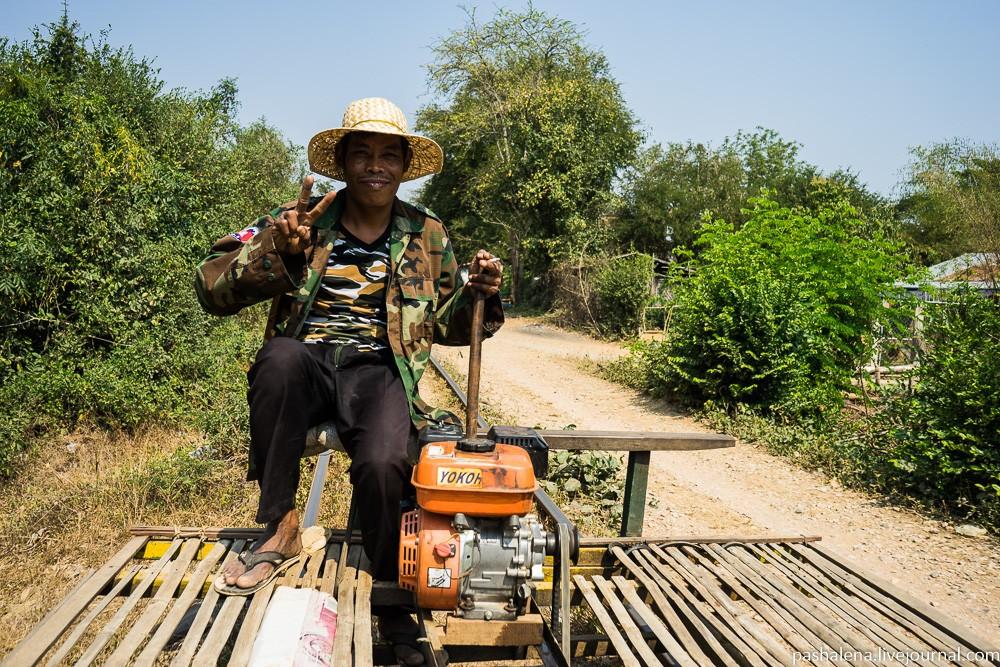 Баттамбанг: ЖКХ-арт, школьники и бамбуковая железная дорога