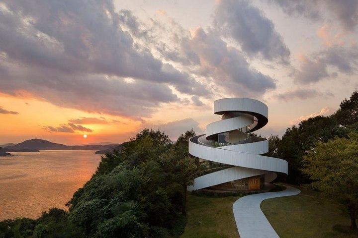 Необычная архитектура японского Дворца бракосочетания