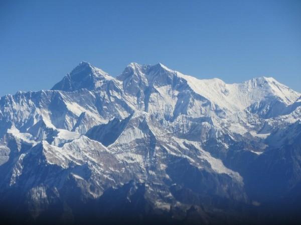 Гора Эверест в Гималайях